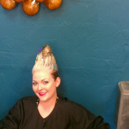 Photo taken at Split Endz Hair and Nails by Eric W. on 7/7/2012