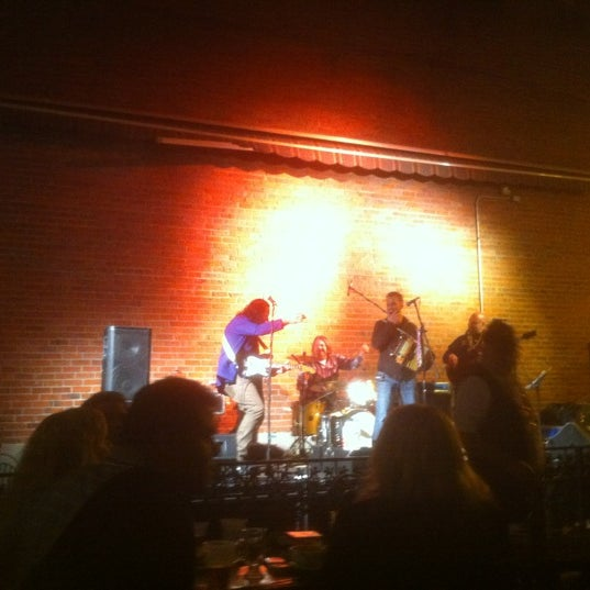 Photo taken at Humphrey's Bar and Grill by Dennis P. on 2/22/2012
