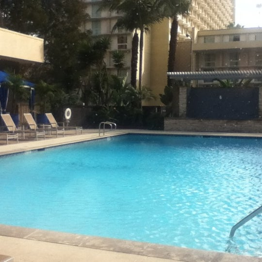 Photo taken at Four Points by Sheraton Los Angeles International Airport by Chaz on 2/25/2012