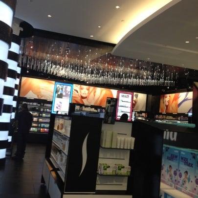 Photo taken at Sephora by Fernanda C. on 8/1/2012