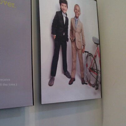 Photo taken at J.Crew by Min O. on 4/1/2012