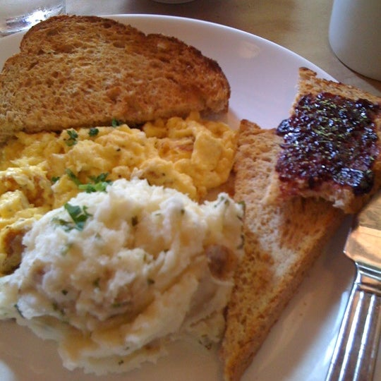 Magnolia cafe now closed new american restaurant in for American cuisine chicago