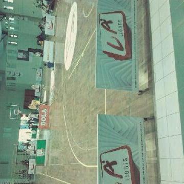 Foto diambil di gor aa ykpn oleh fio v. pada 4/12/2012