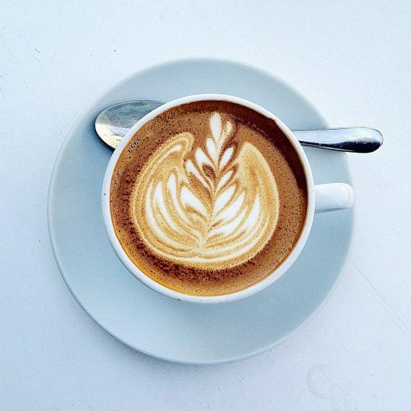 Photo taken at Bonanza Coffee Heroes by bosch on 5/23/2012