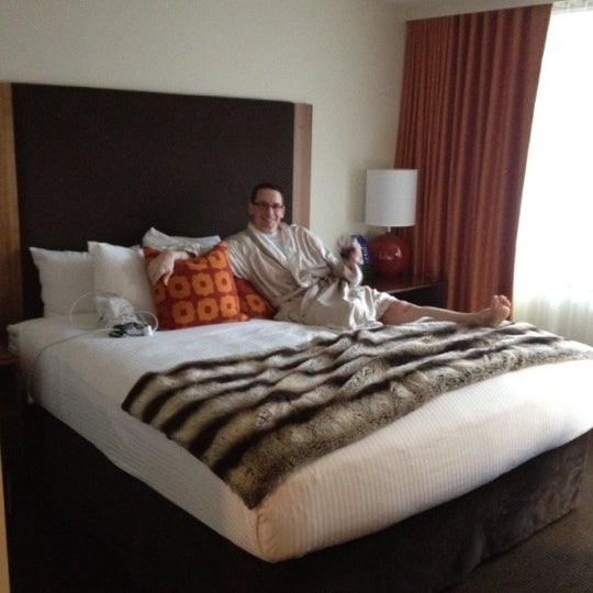 Photo taken at Hotel Modera by Rick S. on 2/12/2012
