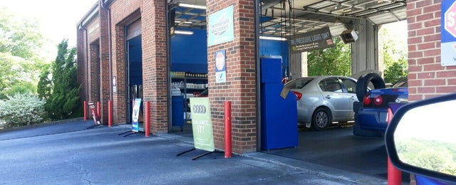 Photo taken at Express Oil Change And Service by Steven J. on 5/14/2013