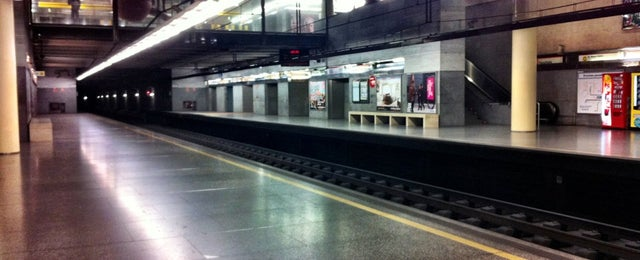 Photo taken at Metrovalencia Facultats by Borja B. on 1/12/2013