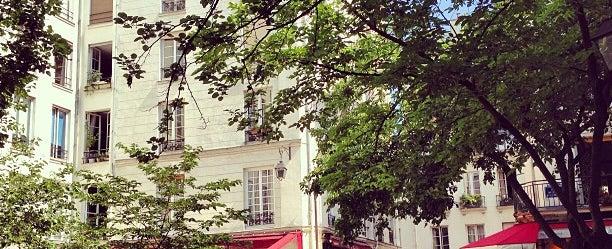 Photo taken at Place du Marché Sainte-Catherine by Richard A. on 7/6/2013