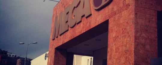 Photo taken at Mega Comercial Mexicana by Gabref on 11/13/2012