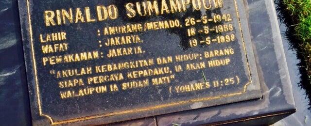 Photo taken at TPU Pondok Kelapa by Meidy S. on 5/26/2015