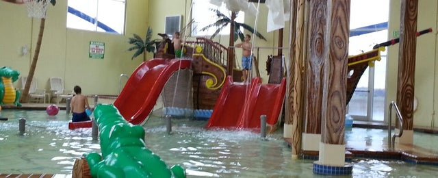 Photo taken at Buccaneer Bay Aquatic Fun Center by Paula T. on 10/21/2013