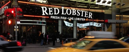 Photo taken at Red Lobster by Максим Б. on 12/21/2012
