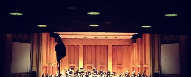 Photo taken at Copley Symphony Hall by Keitaro H. on 4/13/2013