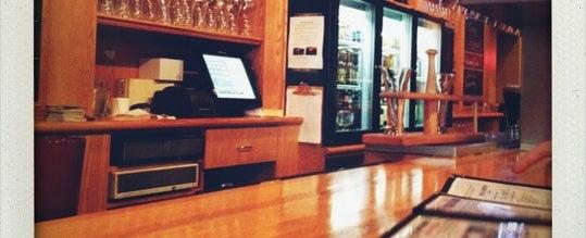 Photo taken at Sharp Edge Beer Emporium by Roger Steve R. on 9/1/2012
