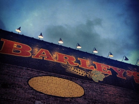 Darrin Bradbury at Barley's image