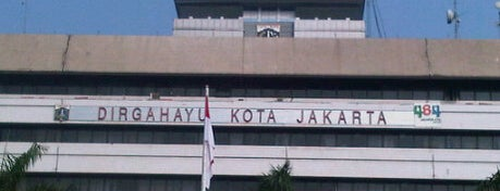 Kantor Walikota Jakarta Timur is one of Perkantoran Pemerintah / Swasta.