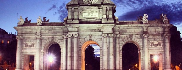 Alcalá Gate is one of Madrid, baby!.