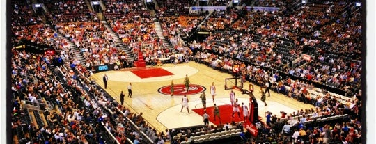 Air Canada Centre is one of Toronto City Guide #4sqCities.