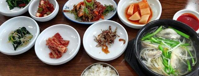 호동식당 is one of 한국인이 사랑하는 오래된 한식당 100선.