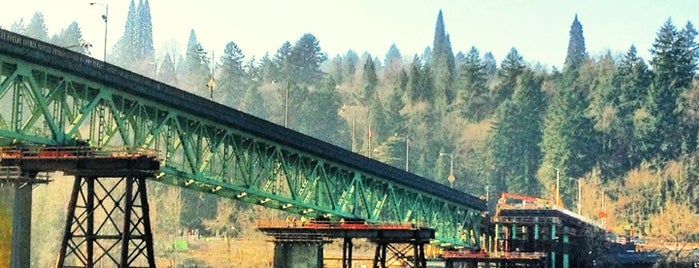 Sellwood Bridge is one of Check-In.