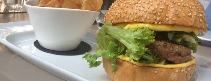 Café Trussardi is one of Hamburger. La classifica definitiva di Milano.