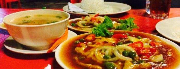Restoran Danau Anggerik Seafood is one of Makan @ Shah Alam/Klang #1.
