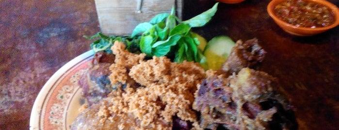 Bebek Goreng Jogja (jakal km 8,5) is one of Favorite Food.