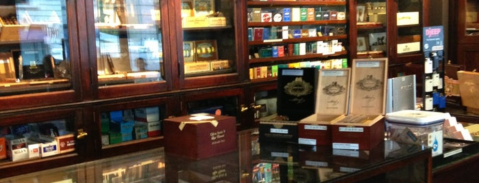 W. Curtis Draper Tobacconist is one of La Palina Retailers.