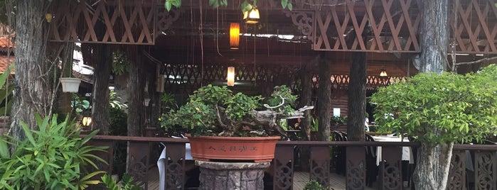 Restoran & Kafe Santai is one of Makan @ Pahang #1.