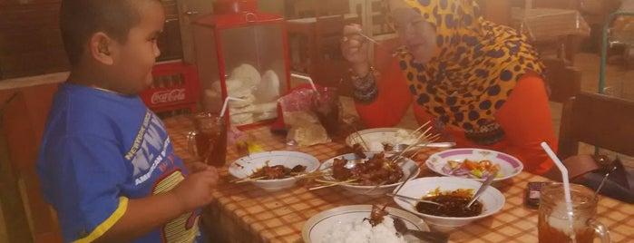 Rumah Makan Sate Ayu is one of Favorite Food.