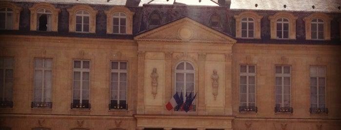 Élysée-Palast is one of Paris, FR.