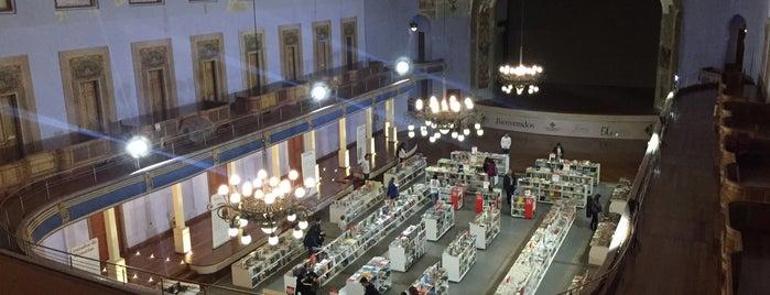 Teatro Faenza is one of Lugares de Entretenimiento.