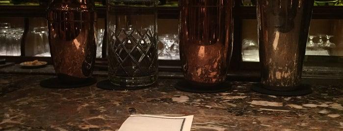 Le Bar is one of Favorites restaurants in Paris.