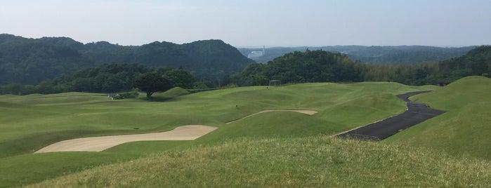 新・西山荘カントリー倶楽部 is one of ゴルフ場(茨城).