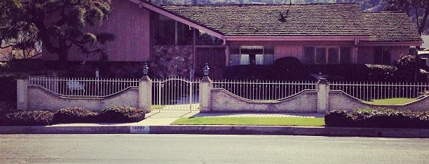 Brady Bunch House is one of LA Sights to See.