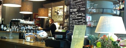 Mon Café is one of Modna.
