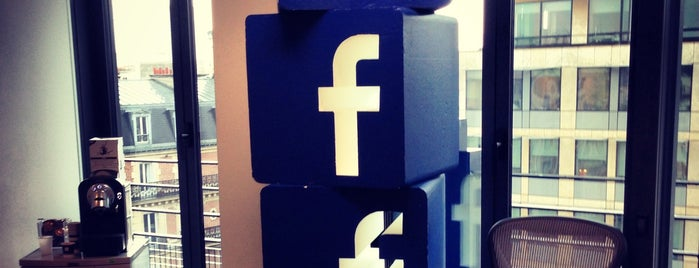 Facebook France is one of Bureaux à Paris.