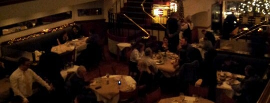 Beacon Restaurant & Bar is one of Burger Weekly Upcoming Adventures.