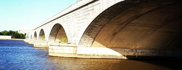 Arlington Memorial Bridge is one of Washington DC.