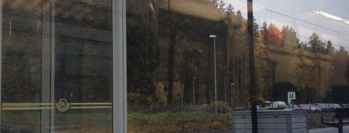 Segersäng (J) is one of SE - Sthlm - Pendeltåg.