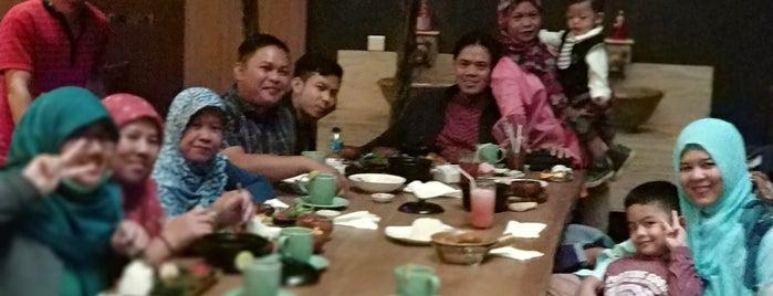 Madame Sari Restaurant is one of Bandung Kuliner.