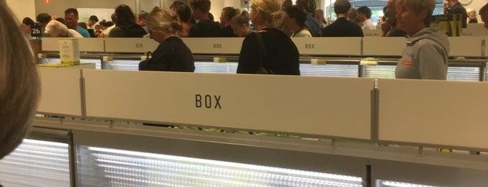 Systembolaget is one of Almedalen bra-att-ha.
