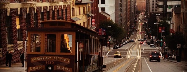 California Street Cable Car is one of San Francisco.
