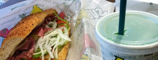 SUBWAY ヒルズウォーク徳重店 is one of SUBWAY中部 for Sandwich Places.