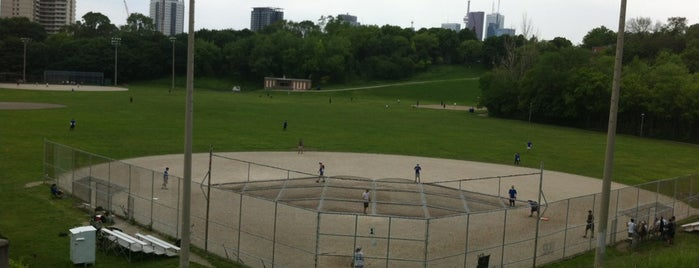 Riverdale Park West is one of Parks around Y&E.