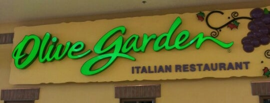 Olive Garden is one of Anchorage, AK.