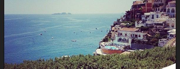 Le Sirenuse Hotel is one of Honeymoon in Amalfi Coast.