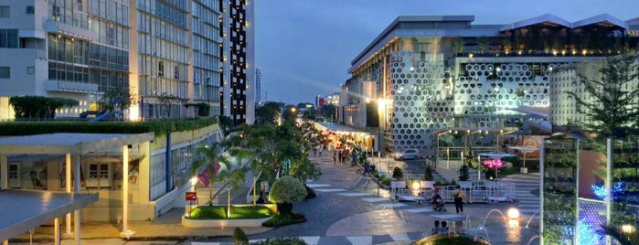 Gading Walk is one of Sentra Kelapa Gading.
