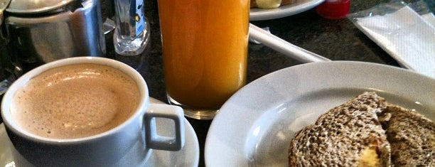 Panificadora Cravo & Canela is one of Coffe Shops.