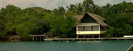 Islas del Rosario is one of Lugares en Colombia!!!! :D.